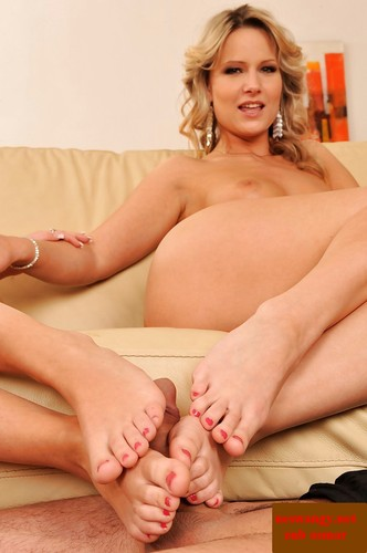 Foot fetish MILFs Sweet &
